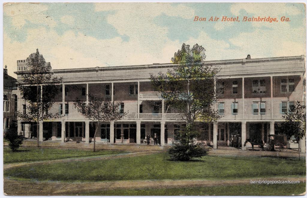 Bon Air Hotel